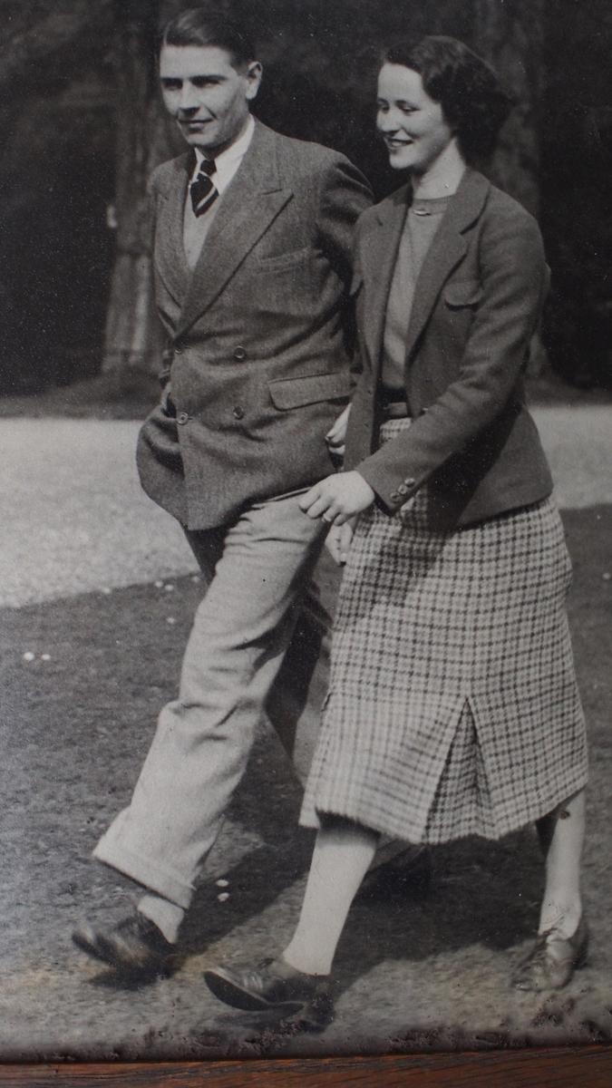 Cmdr.-Bernard-and-Rosemary-Arbuthnot-c.-1940.JPG#asset:13665